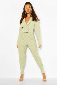 boohoo Paperbag Waist Carrot Leg Pocket Trouser in Sage