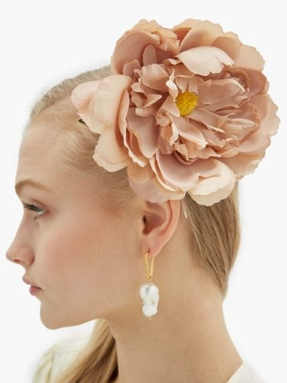 PHILIPPA CRADDOCK Peony hair clip in beige | large floral hair accessory - flipped