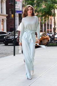 Gigi Hadid at her most stylish…such a simple look, but beautiful – street style – models