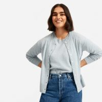 EVERLANE The Cashmere Crew Cardigan in Heathered Ice