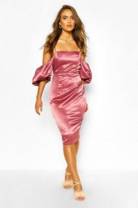 boohoo Boohoo Occasion Satin Extreme Puff Sleeve Midi in rose – pink cold shoulder dress