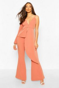 Boohoo Occasion Tailored Flare Trouser Apricot