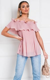 Ikrush Cadence Off Shoulder Frill Top in Pink – ruffled bardot tops