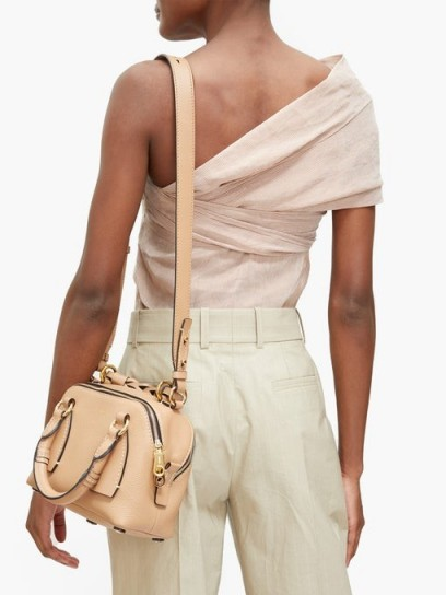 CHLOÉ Daria small grained-leather cross-body bag in beige