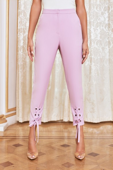 LAVISH ALICE eyelet lace up trousers in pastel purple – cropped pants