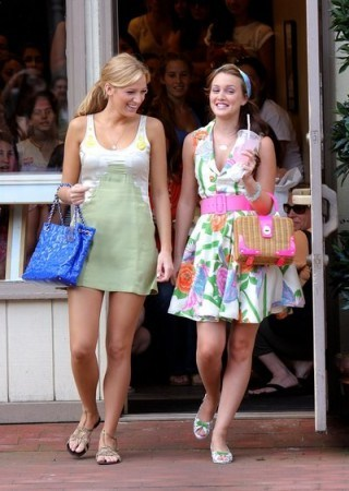 Gossip Girl dresses & outfits - flipped