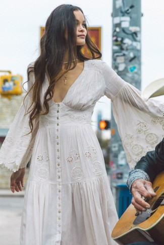 SPELL and the GYPSY COLLECTIVE IMOGEN EMBROIDERED GOWN in Cream