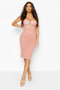Boohoo Lace Bodice Mesh Rouche Midi Rose – ruched dresses