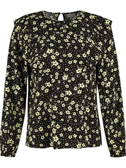 OLIVER BONAS Martha Black Floral Print Blouse / ruffled tops