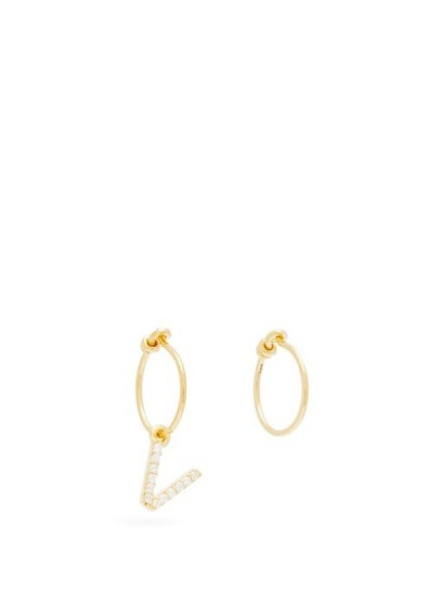 THEODORA WARRE Mismatched V-charm gold-plated hoop earrings