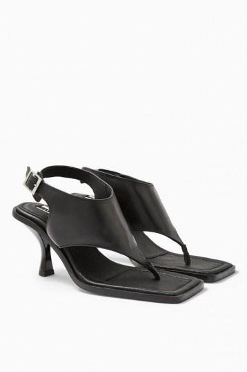TOPSHOP NOVELLA Black Shoes / toe post sandals - flipped