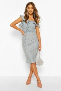 boohoo Occasion Heavy Lace Ruffle One Shoulder Midi in Sage – ruffled bodycon