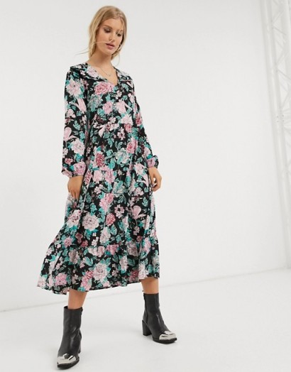 Only smock dress with ruffle detail in floral print