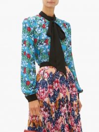 MARY KATRANTZOU Veddar floral-print pussy-bow silk blouse in blue