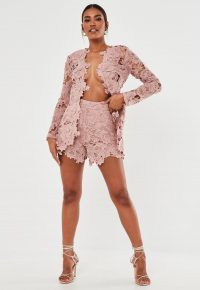 Pink floral shorts / MISSGUIDED blush co ord crochet lace shorts