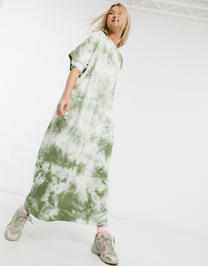 Damson Madder organic poly cottonrelaxed maxi t-shirt dress in tie-dye – loose fit dresses