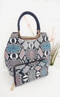 Ikrush Erin Snake Print Handbag in Pink