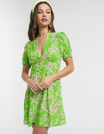 Faithfull laurel floral short sleeve mini dress in apple green / vintage look fashion for summer 2020