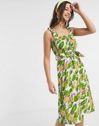 Faithfull mae floral sleeveless midi dress with belt in Steffy floral print / vintage look summer dresses