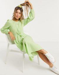 Monki Mallan green check smock dress in green