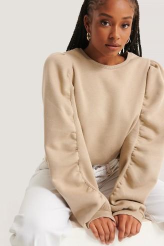 NA-KD Puffed Sleeve Sweatshirt Beige