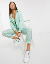 Puma Evide track set in green – sports jackets & jogger sets