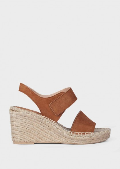 Hobbs SASKIA WEDGE ESPADRILLE in Tobacco