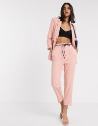 Stradivarius tailoring set in light pink ~ trouser suits