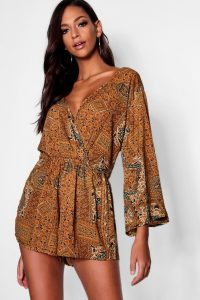 70s inspired women's clothing – Tall Paisley Print Wrap Playsuit – boohoo