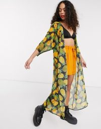 Tara Khorzad oversized kimono in pineapple print black/yellow