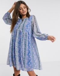 Y.A.S smock dress in purple snake print – floaty loose fit dresses