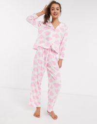 ASOS DESIGN Petite exclusive cloud print 100% modal shirt & trouser set white/pink – pyjamas