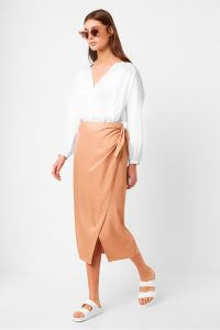 French Connection GABINA DRAPE TIE SIDE SKIRT Blushed Tan