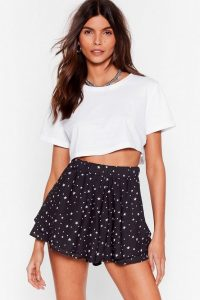 Let the Sky Fall Star Tiered Shorts Black