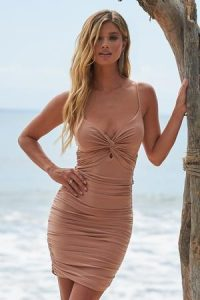 Club L London Light Pink Ruched Knot Front Cami Mini Dress – strappy plunging bodycon