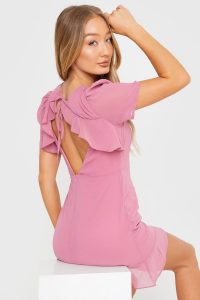 IN THE STYLE MAUVE OPEN BACK FRILL TEA DRESS