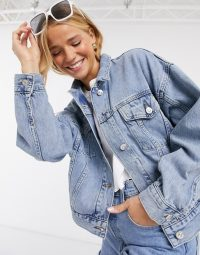 Pimkie oversized sustainable denim jacket in light blue – classic outerwear