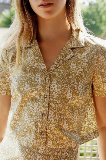 Urban Renewal Inspired By Vintage Khaki Floral Cropped Shirt