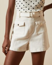 TED BAKER SHORTII D ring patch pocket shorts / essential summer fashion