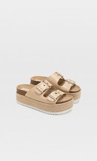 STRADIVARIUS Embossed jute flatform sandals natural – summer flatforms