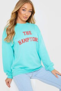 "MEGGAN GRUBB GREEN ""THE HAMPTONS"" VARSITY OVERSIZED SWEATSHIRT – slogan sweat tops"
