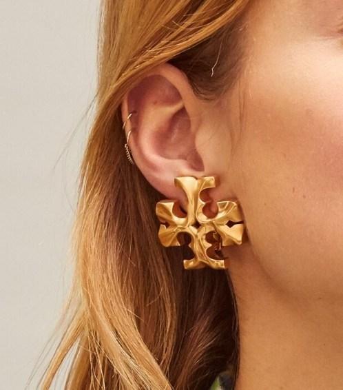 Tory Burch ROXANNE CLIP-ON EARRING / large designer logo earrings - flipped