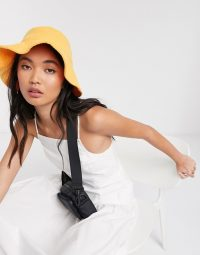 Weekday Bright towelling bucket hat in yellow – sun hats