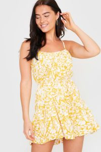 IN THE STYLE YELLOW FLORAL TIE WAIST MINI DRESS