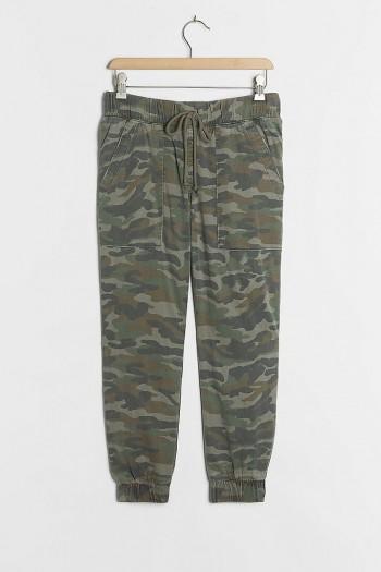 Cloth & Stone Camo Joggers / green jogging bottoms