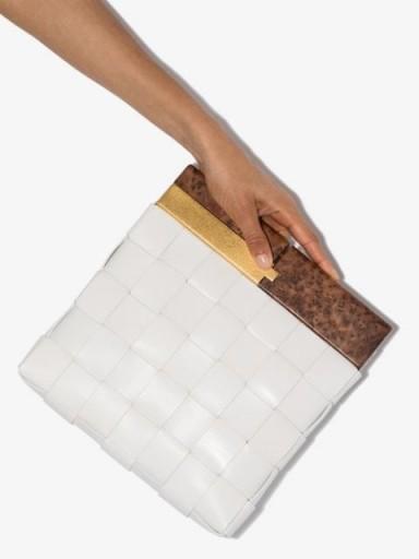 BOTTEGA VENETA BV Snap clutch / weave design bags / small chic white leather bag