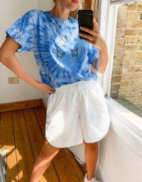 Daisy Street oversized t-shirt in tie dye with dream butterflies print blue / butterflies
