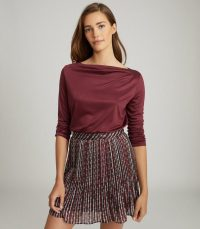 REISS FAYE STRAIGHT NECK TOP BERRY / essential long sleeve tops