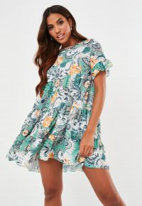 MISSGUIDED green paisley print tiered smock dress / loose fit ruffled dresses