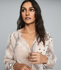 Reiss HAILEY PRINTED OPEN NECK BLOUSE NUDE ~ feminine blouses